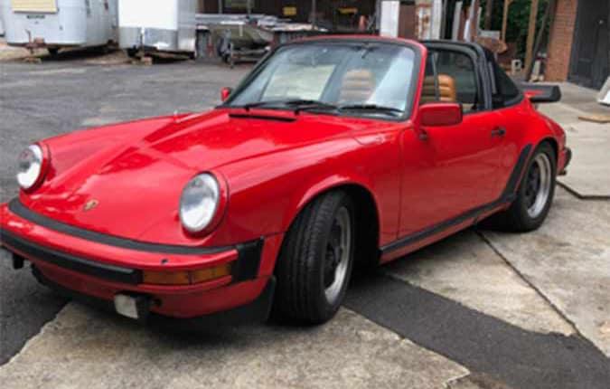 porsche-911-1982-roed-front-venstre-usa-importen