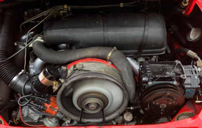 porsche-911-1982-roed-motor-usa-importen